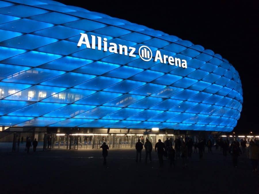 Bildergebnis für allianz arena 1860 münchen löwenmaGAZIN