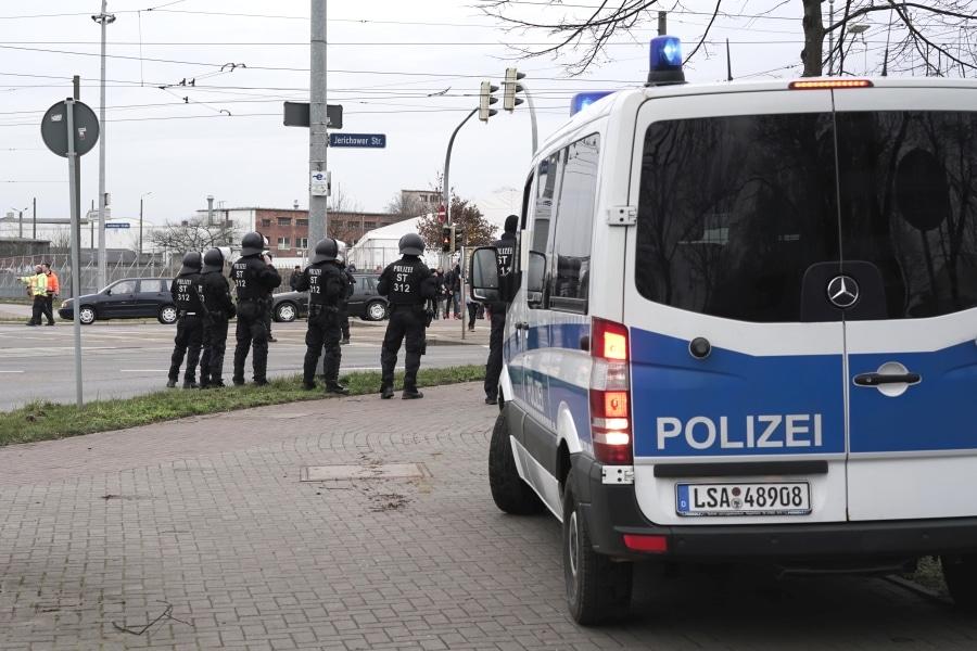 Polizei beim Fußball
